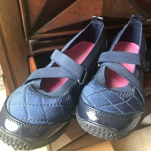 Little Girls NEW Sporty Shoes Navy sz 12.5